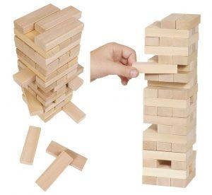 briques-de-construction-rectangulaires-en-bois